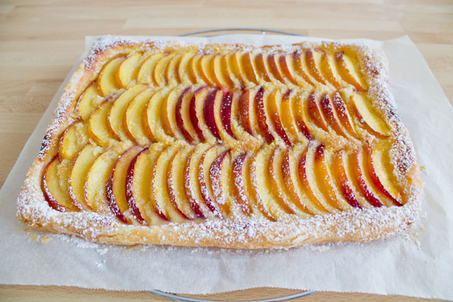 Fresh-peach-tart-with-almond-cream---03
