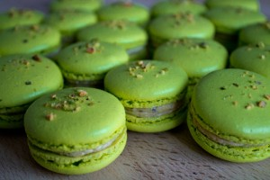 Pistachio macarons (Italian meringue) with buttercream filling