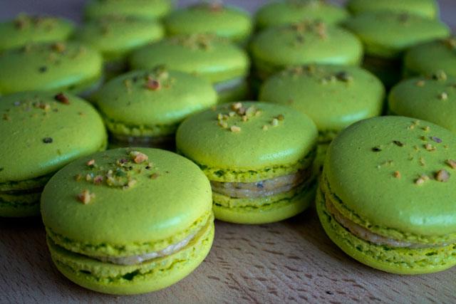 Recipe: Pistachio macarons (with Italian meringue) – Road ...