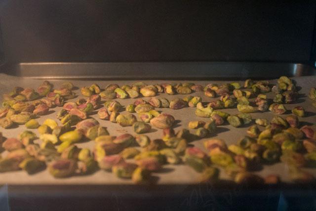 Toasting pistachios