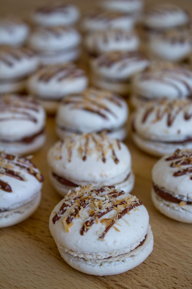 Recipe-Chocolate-coconut-macarons-38