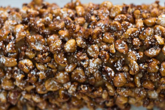 Recipe-Hazelnut-yule-log-07