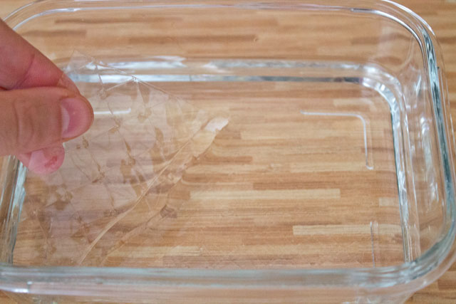 Soaking sheet gelatin in cold water
