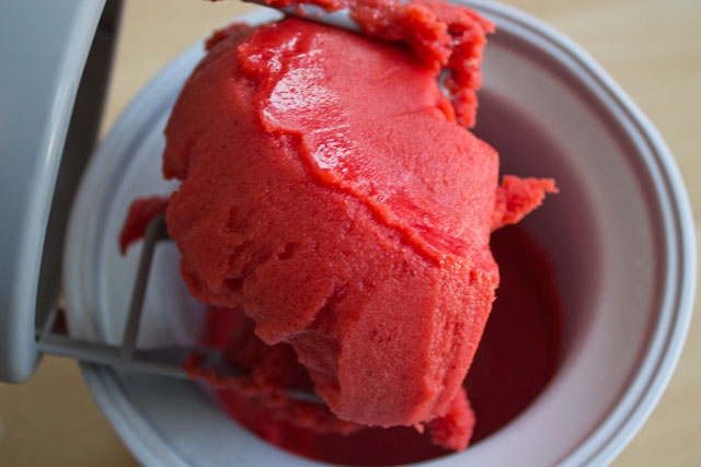 Recipe-Strawberry-sorbet-Step11