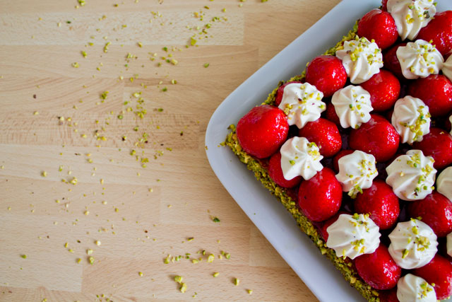 Strawberry-pistachio-tart---02