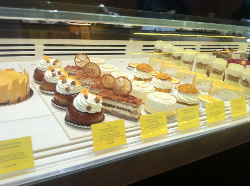 pierre-herme-pastries2-savarin-2millefeuille-choux
