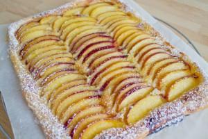 Fresh peach tart with almond cream
