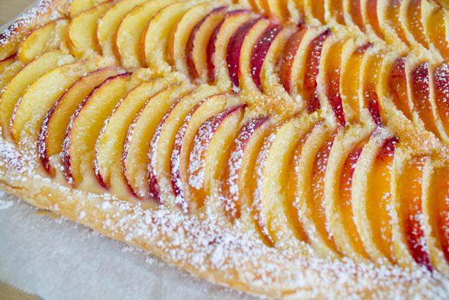 Fresh-peach-tart-with-almond-cream---04