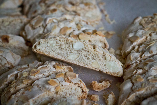 Recipe-Almond-Pumpernickel-Step10