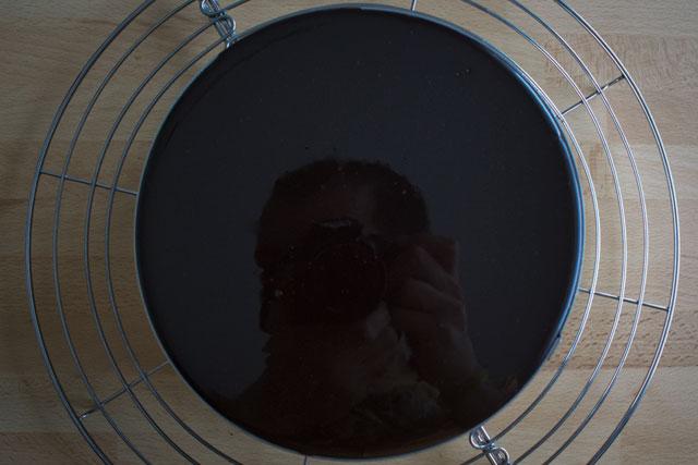 Recipe-Chocolate mirror glaze reflection